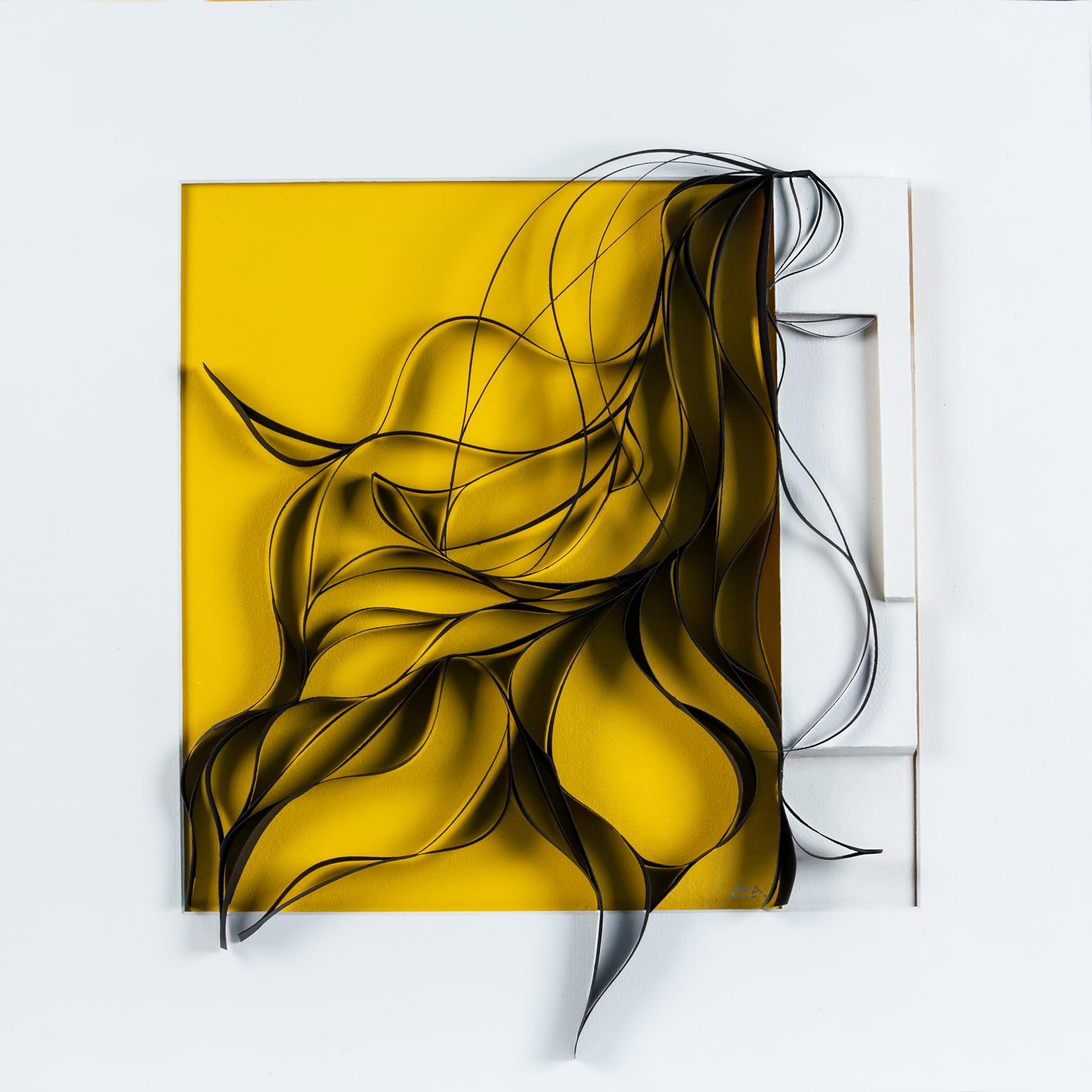 Nanou Autin, Volumes, Carré Jaune, Papier courbé, acrylique 52x52 cm – 2019